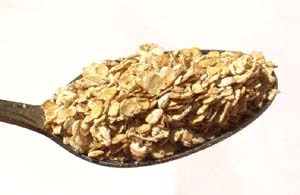 A spoon of oats bran serve great as cholesterol lowering foods