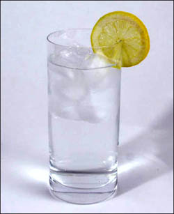 How to lower cholesterol with beverages? For one, drink lots of water.