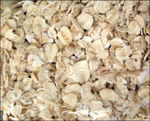How to lower cholesterol naturally using healthy oats.